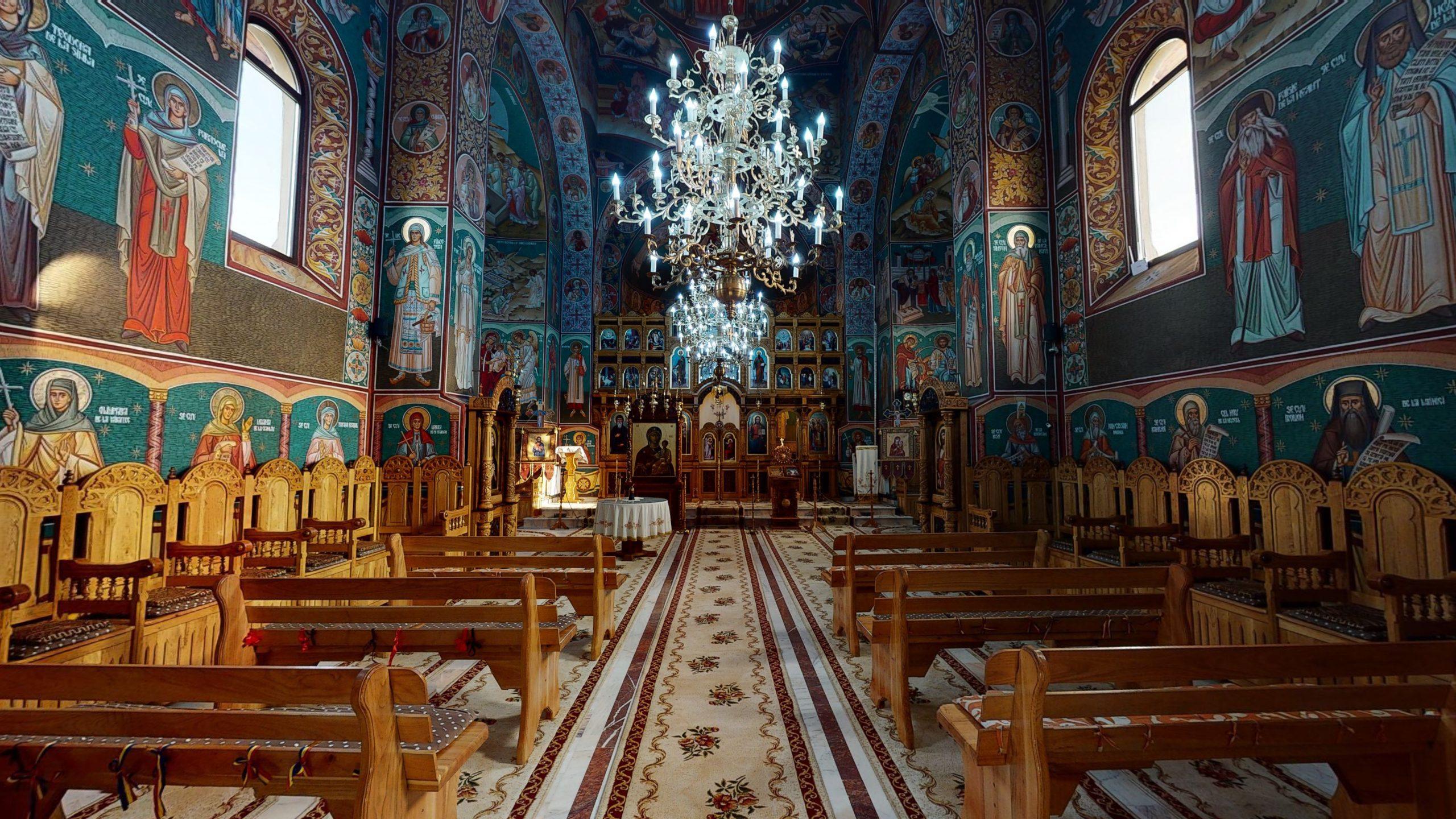 Biserica-Sfintii-Trei-Ierarhi-Flamanzi-11172020_010813