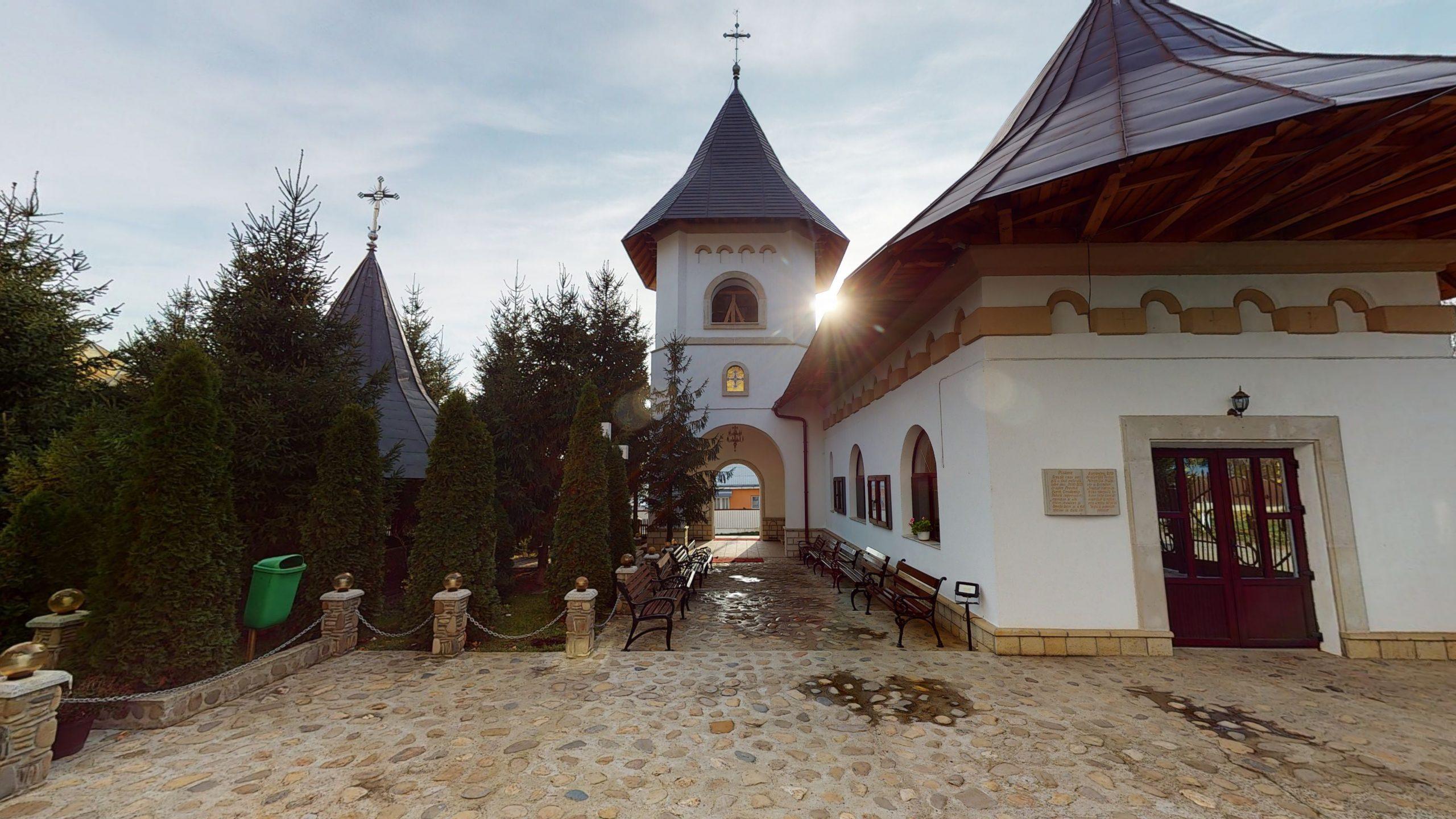 Biserica-Sfintii-Trei-Ierarhi-Flamanzi-11172020_010844