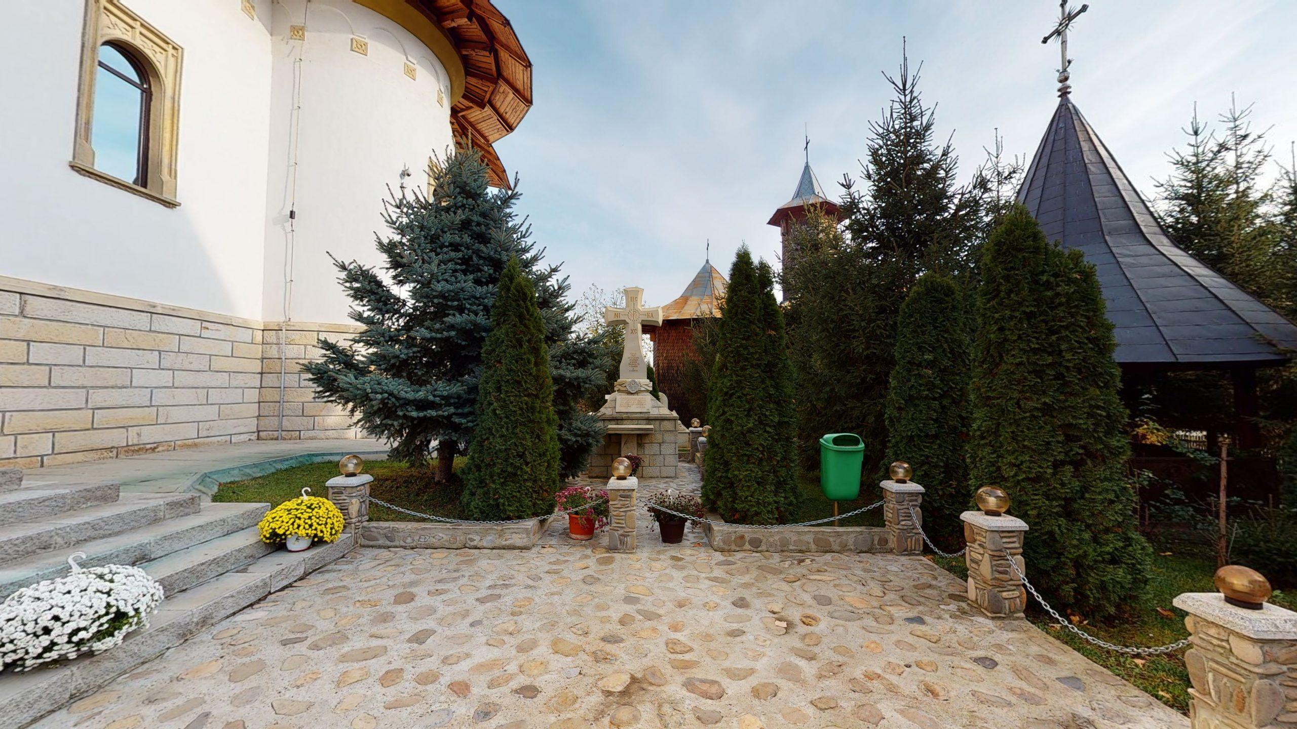 Biserica-Sfintii-Trei-Ierarhi-Flamanzi-11172020_010906