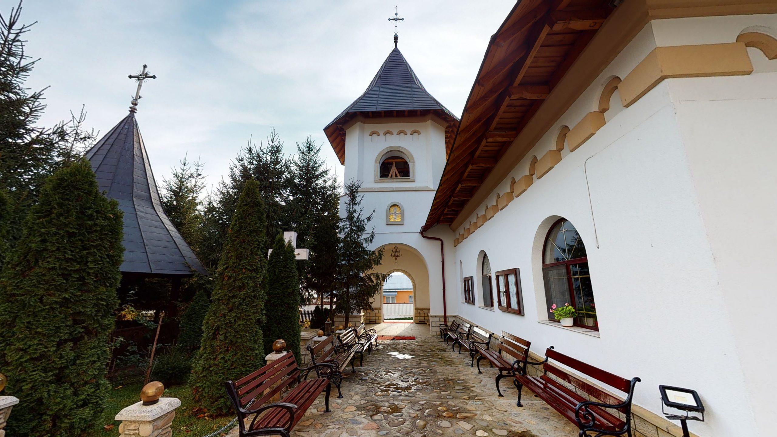 Biserica-Sfintii-Trei-Ierarhi-Flamanzi-12182020_121713