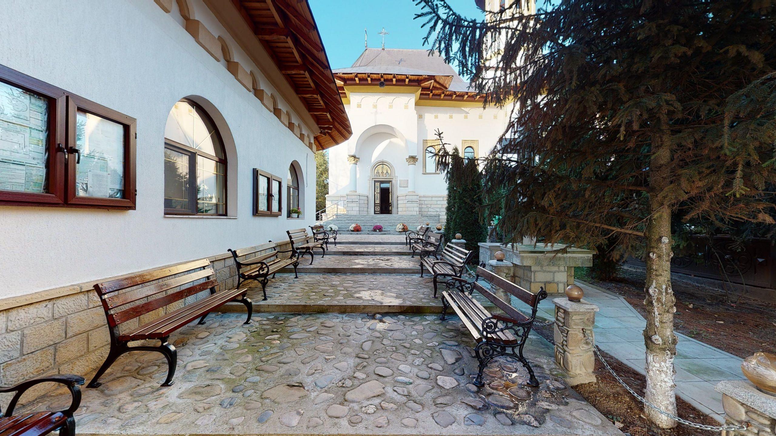 Biserica-Sfintii-Trei-Ierarhi-Flamanzi-12182020_121844